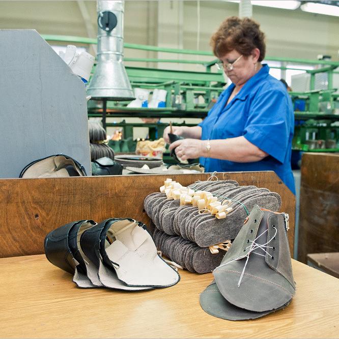 Изготовление стелек для производственных моделей обуви